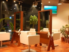 es hair make space+design